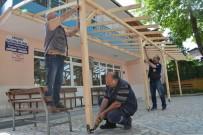 KAPALI ALAN - Köseköy Hacı Halim Camii'nde Sundurma Çalışması Yapıldı