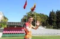 LUKAS PODOLSKI - Podolski, Galatasaray'da Son Maçına Çıkıyor