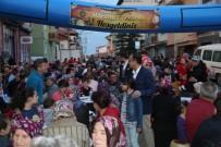 DIKILITAŞ - Uşak'ta İlk Mahalle İftarı Gerçekleştirildi