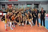 GENÇ KIZLAR - Vakıfbank'ın Genç Ve Küçük Takımları Türkiye Şampiyonu Oldu