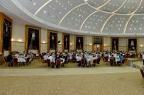 ÖZGÜR ÖZDEMİR - Belediye Başkanı Çakır İlçe Belediye Başkanları İle İftarda Bir Araya Geldi