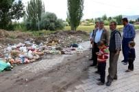 Belediyeler Sahip Çıkmayınca Çöpler Ortada Kaldı