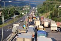 ONARIM ÇALIŞMASI - Bolu Dağı'nda Trafik Durma Noktasına Geldi
