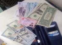 LIBYA - Havalimanı Çalışanı Bulduğu Parayı Polise Teslim Etti