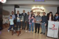 GÜMÜŞ MADALYA - Kan Bağışında Bulunanlar Türk Kızılayı Tarafından Madalyayla Ödüllendirildi