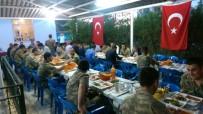 KÖY KORUCULARI - Kaymakam Kaya Asker Ve Korucularla İftar Yemeğinde Bir Araya Geldi