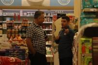 MARKET - Maskeli Soyguncu Marketin Kasasını Soyup Kaçtı
