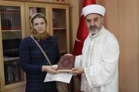Moldovalı Gelin Ramazan'ın Maneviyatından Etkilenerek Müslüman Oldu