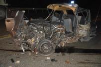 AĞIR YARALI - Otomobil Beton Mikseriyle Çarpıştı Açıklaması 1 Ağır Yaralı
