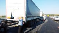 ZİNCİRLEME KAZA - TEM'de 5 Araç Birbirine Girdi Açıklaması 1 Yaralı
