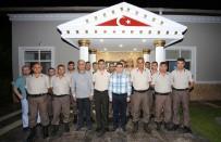 MUSTAFA ÖZSOY - Tütüncü Asker İle Sahur Yaptı