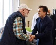 TUZLA BELEDİYESİ - Tuzlalı Yaşlılar, Bayram Sevincini Başkan Yazıcı'nın Ziyaretiyle Yaşadı