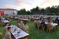 ALI ARSLANTAŞ - Vali Arslantaş, İl Jandarma Komutanlığı İftarına Katıldı