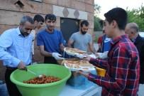 AKTOPRAK - Varto Müftülüğünden Çocuklara İftar Yemeği