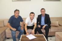 Altınova Belediyespor İmzaları Attırdı