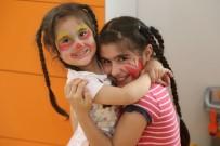 PAZAR ALIŞVERİŞİ - Anneler Pazarda, Çocuklar Nar Tanem Oyunevi'nde