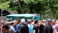 ERCIYES ÜNIVERSITESI - Asansör Boşluğuna Düşen Çocuk Toprağa Verildi