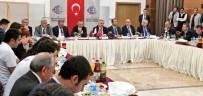 ULAŞTIRMA DENİZCİLİK VE HABERLEŞME BAKANI - Bakan Arslan, Ulaştırma Muhabirleri İle Geleneksel İftar Yemeğine Katıldı