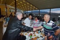 GENEL BAŞKAN - Başkan Polat, Ak Parti İlçe Teşkilatı İle Meclis Üyelerini İftar Yemeğinde Ağırladı