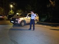 İLK MÜDAHALE - Beşiktaş'ta Eğlence Mekanı Sahibi Bir Kişi Silahlı Saldırıya Uğradı