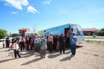 BELEDIYE OTOBÜSÜ - Beyşehir'de Mobil Giyim Bankası Bayram Yardımı İçin Yollarda