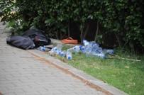 BOMBA İMHA UZMANI - Bomba Sanılan Sırt Çantasından Su Çıktı