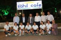 Burhaniye'de Rektör Özdemir Ve Başkan Uysal'ın Sahil Kafe Ziyareti