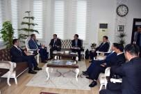 YERLİ TURİST - Çinli Heyetten, Emniyet Müdürü Uzunkaya'ya Ziyaret