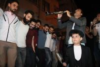 Elazığ'da Davullu Klarnetli Sahur Halayı
