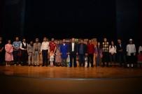 ŞEHİR TİYATROSU - Erbaa'da 'Kahraman Bakkal Süpermarkete Karşı' Adlı Tiyatro Sahnelendi