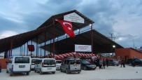 KAPALI ALAN - Erciş Sahilkent Semt Pazarı Törenle Hizmete Açıldı