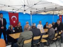 Genelkurmay Başkanı Akar Şehit Ailesine Taziye Ziyaretinde Bulundu