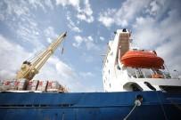 BAYRAM HEDİYESİ - 'Şefkat Gemisi', Aşdot Limanına Ulaştı
