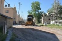 YOL ÇALIŞMASI - Şemsibey Mahalle Muhtarı Aydoğmuş'tan Tuşba Belediyesine Teşekkür