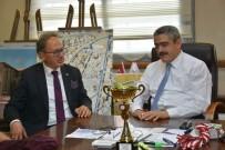 MUHABBET - Tavas Belediye Başkanı Akyol, Başkan Alıcık'ı Ziyaret Etti