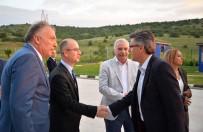 BOZÜYÜK BELEDİYESİ - Vali Elban Cam Fabrikasının İftar Yemeğine Katıldı