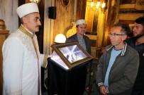 Yozgat'ta Sakal-I Şerif'e Vatandaşlar Yoğun İlgi Gösterdi
