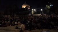 KUDÜS - 300 Bin Filistinli Mescid-İ Aksa'daydı