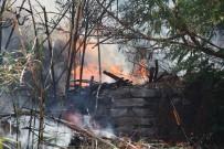 Bahçe Hortumlarıyla Yangına Müdahale Ettiler