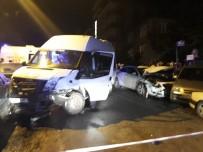 SERVİS ARACI - Başkent'te Servis Kazası Açıklaması 8 Yaralı
