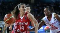 AVRUPA ŞAMPIYONASı - Bornova Becker Spor'dan Milli Takım Çıkartması