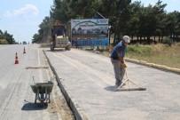 Burhaniye'de Engellilere Özel Yollar Yapılıyor