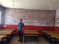 YAVUZ SULTAN SELİM - Çaldıran Belediyesinden Okullarda Tadilat Çalışması