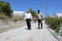 Erdemli'de Yol Yapım Çalışmaları Sürüyor