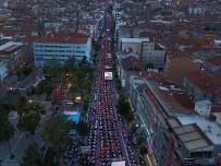 İFTAR SOFRASI - Gelenek Bozulmadı, Türkiye'nin En Büyük İftar Sofrası Uşak'ta Kuruldu
