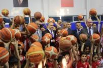 GENÇLİK MERKEZİ - Gençlik Ve Spor Bakanı Kılıç, Şırnak'ta