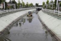 SU KANALI - Gölbaşı'nda Su Kanalları Rutin Olarak Olarak Temizleniyor
