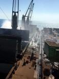 YANGIN PANİĞİ - İskenderun'da Gemi Yangını