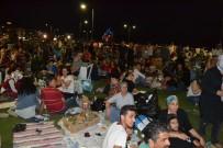 VAPUR İSKELESİ - İzmirliler Hoşgörü Sofrasında Bir Araya Geldi