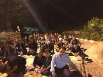 ARNAVUT - Kadir Gecesinde 625 Yıllık Orhangazi Camii Doldu Taştı